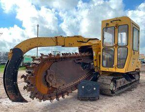 stroj za kopanje jarkov VERMEER  T655 III